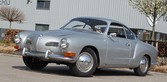 1971 Beautiful Karmann Ghia Coupe http://www.virginoutlaws.com/thumbs/710x350/assets/components/gallery/files/219/14464.jpg
