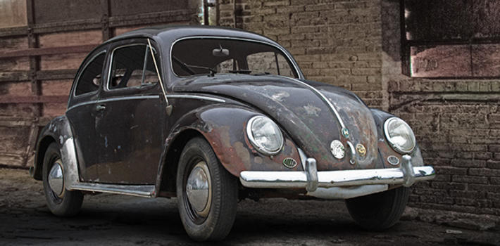 "1952 ""Zwitter"" split window beetle in more than lovely patina in absolute original paint! http://www.virginoutlaws.com/thumbs/710x350/assets/components/gallery/files/321/19509.jpg"